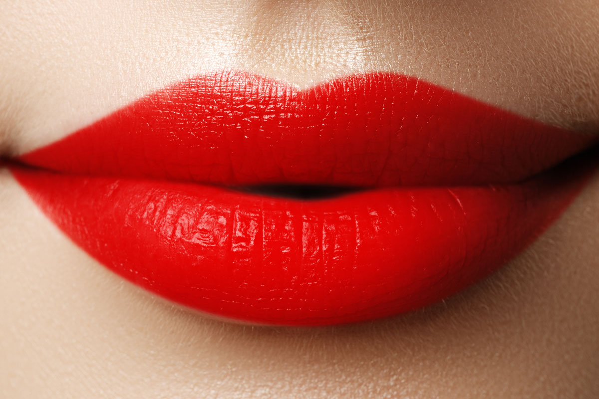 How to bold wear lip colors