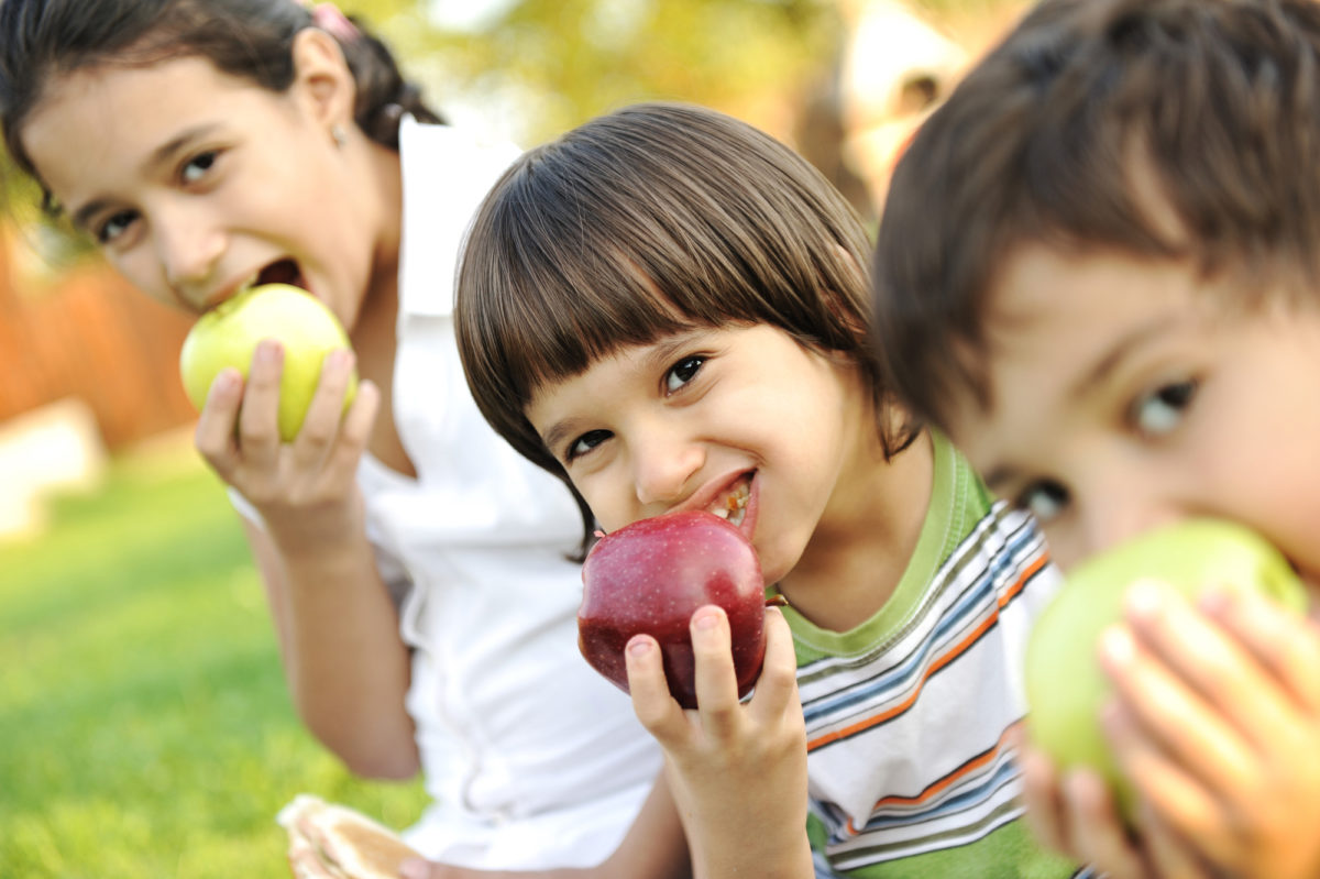 How to Teach Your Teenage Children to Eat Healthier